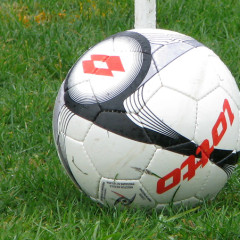 Swifts battered at league leaders